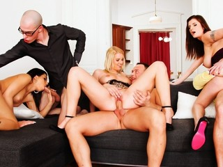 Sexy Party That Finished In An Swinger's Fuckfest! Not To Miss!